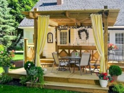 Comfy green country backyard remodel ideas 15