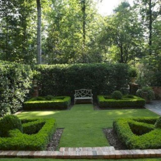 Comfy green country backyard remodel ideas 19