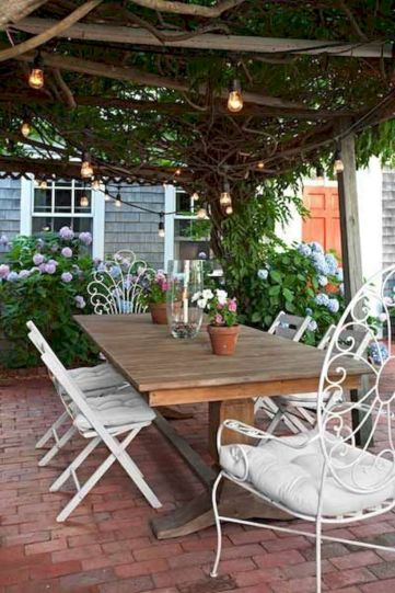 Comfy green country backyard remodel ideas 29