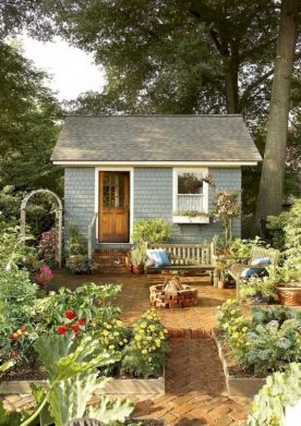 Comfy green country backyard remodel ideas 44