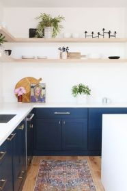 Cozy color kitchen cabinet decor ideas 10