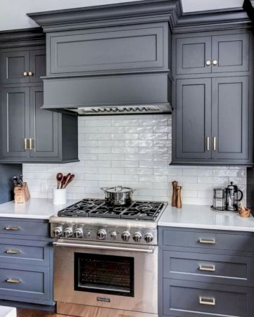 Cozy color kitchen cabinet decor ideas 12