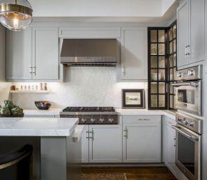 Cozy color kitchen cabinet decor ideas 19