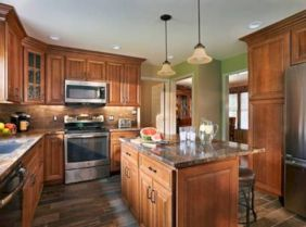 Cozy color kitchen cabinet decor ideas 42