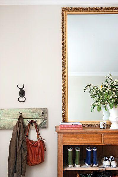 Luxury antique shoes rack design ideas 31