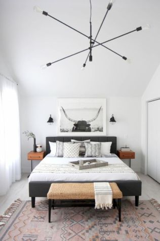 Modern tiny bedroom with black and white designs ideas for small spaces 42