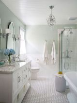 Perfect master bathroom design ideas for small spaces 21