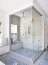 Perfect master bathroom design ideas for small spaces 23