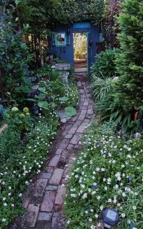Stunning landscape pathways ideas for your garden 09