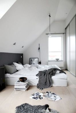 Unique white minimalist master bedroom design ideas 33