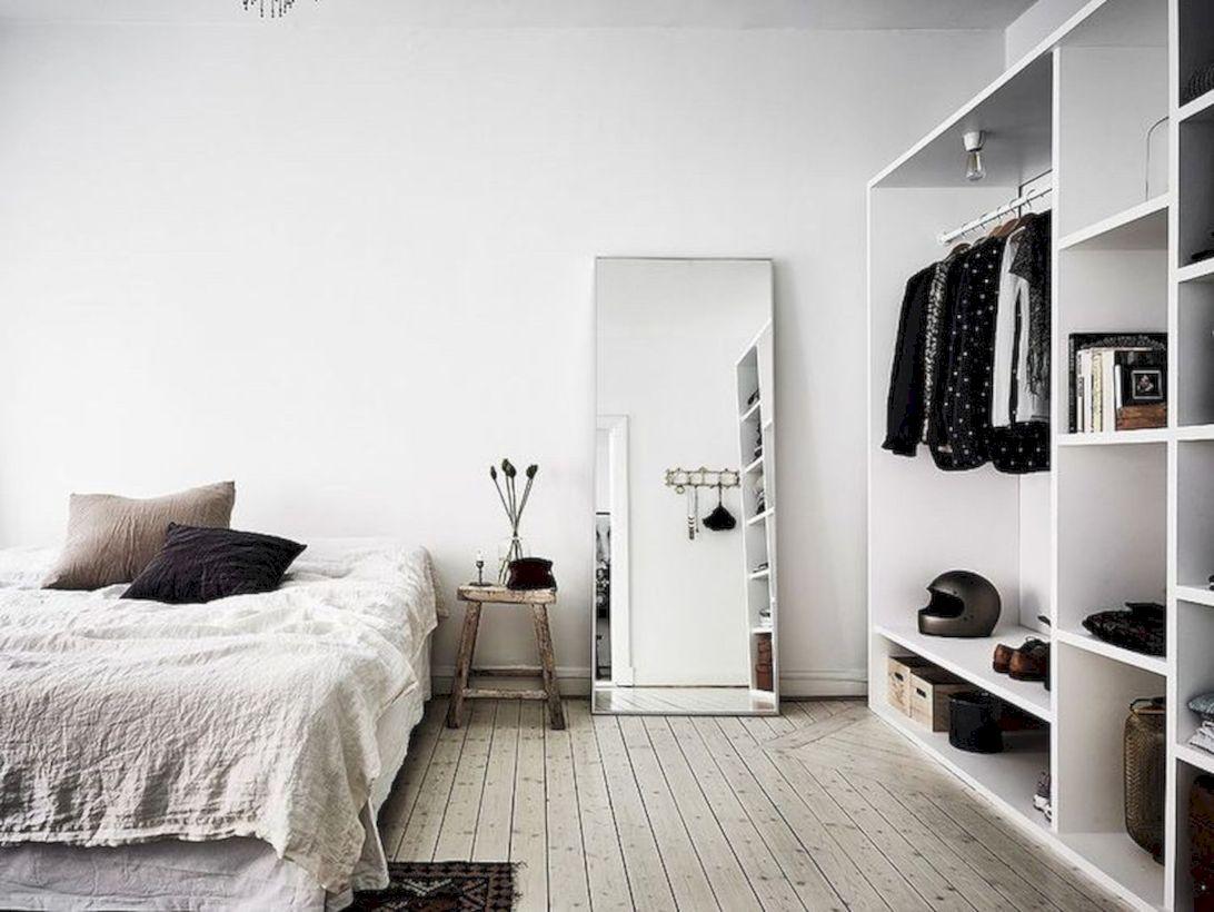 Unique white minimalist master bedroom design ideas 51