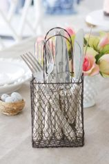 Best ideas to reuse old wire baskets 19