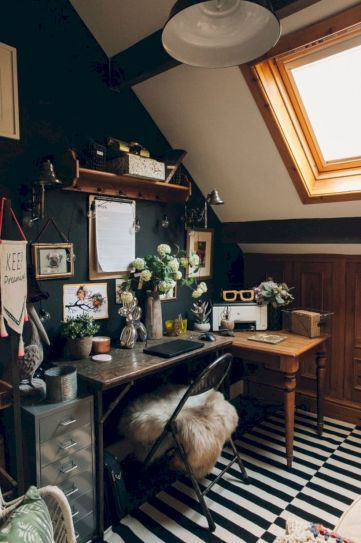 Charming bedroom design ideas in the attic 43