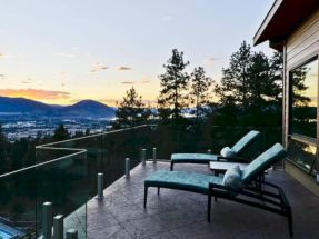 Delightful balcony designs ideas with killer views 22