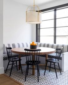 Lovely dining room tiles design ideas 39