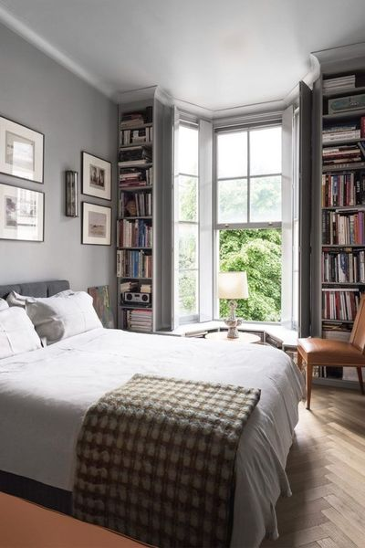 Stunning eclectic collector bedroom ideas 04