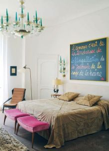 Stunning eclectic collector bedroom ideas 17