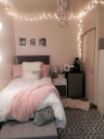 Inexpensive diy bedroom decorating ideas on a budget 05