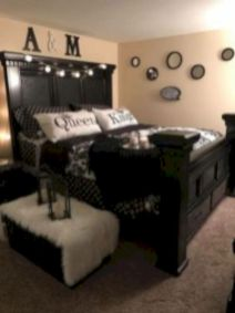 Inexpensive diy bedroom decorating ideas on a budget 15