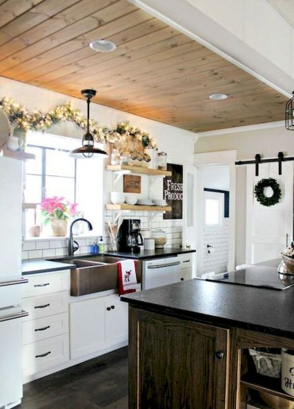 Latest coastal kitchen design ideas 40