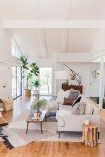 Unique mid century living room décor ideas 36