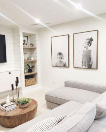 Unique mid century living room décor ideas 42