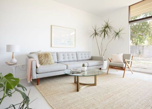Unique mid century living room décor ideas 49