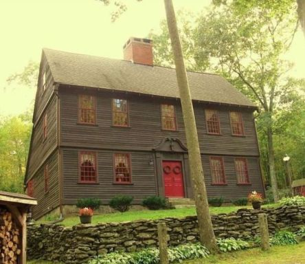 Affordable old house ideas look interesting for your home 43