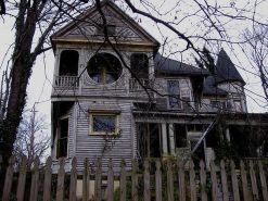Affordable old house ideas look interesting for your home 45