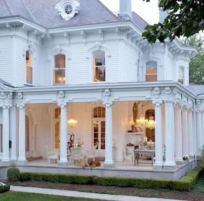 Amazing old houses design ideas will look elegant 07
