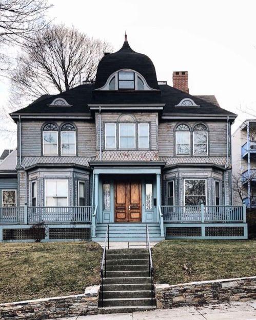 Amazing old houses design ideas will look elegant 08