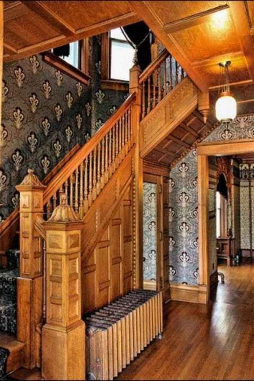 Amazing old houses design ideas will look elegant 22