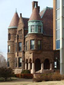 Amazing old houses design ideas will look elegant 31