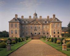 Amazing old houses design ideas will look elegant 32