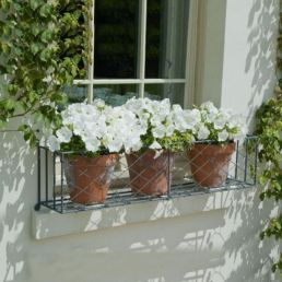 Attractive window box planter ideas to beautify up your home 02