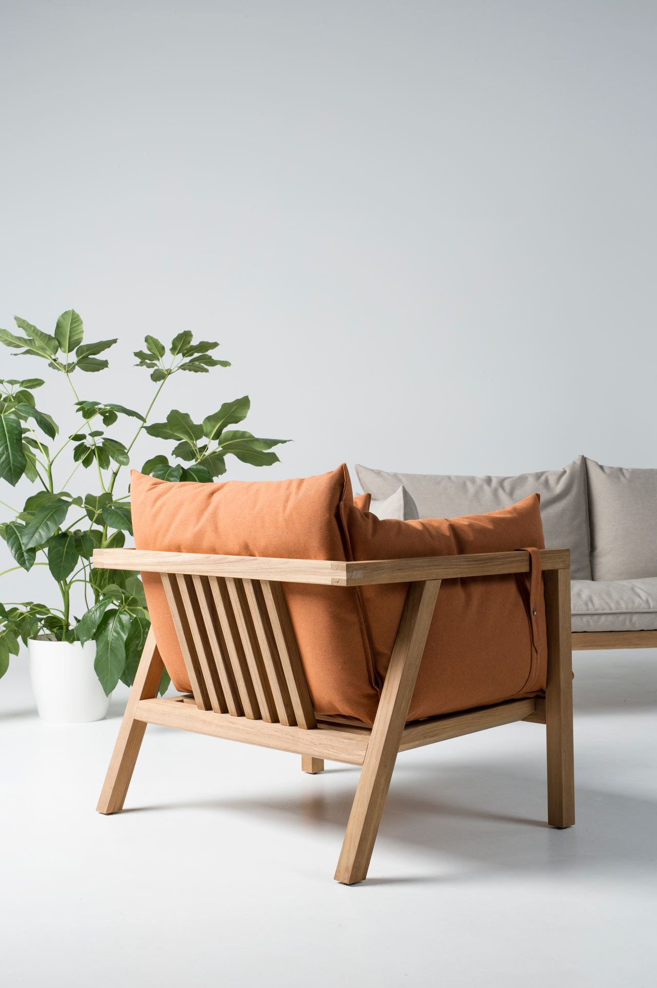 Brilliant furniture design ideas with wood pallets 13