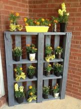 Stunning wood flower box ideas to beautify the flower decoration 04