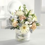 Stunning wood flower box ideas to beautify the flower decoration 06