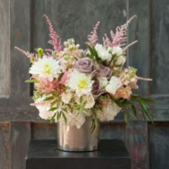 Stunning wood flower box ideas to beautify the flower decoration 15