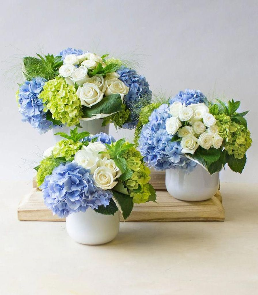 Stunning wood flower box ideas to beautify the flower decoration 18