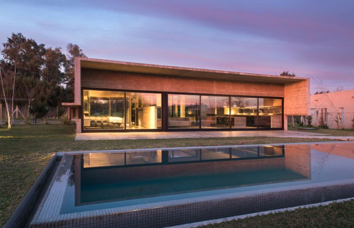 Concrete House Design To Achieve Industrial Appeal But Modern 1