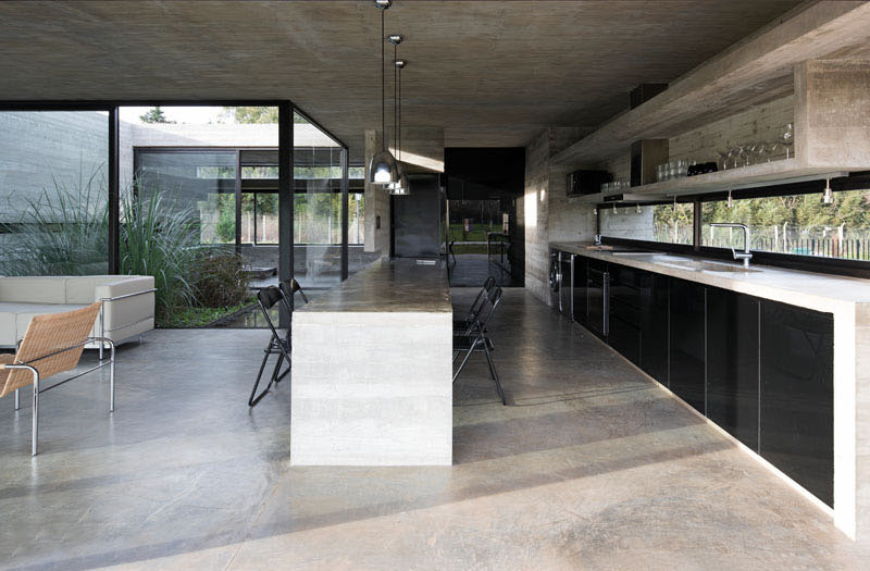 Concrete House Design To Achieve Industrial Appeal But Modern 3