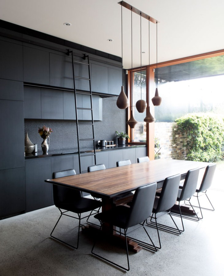 A-beautiful-house-with-black-modern-interior-3