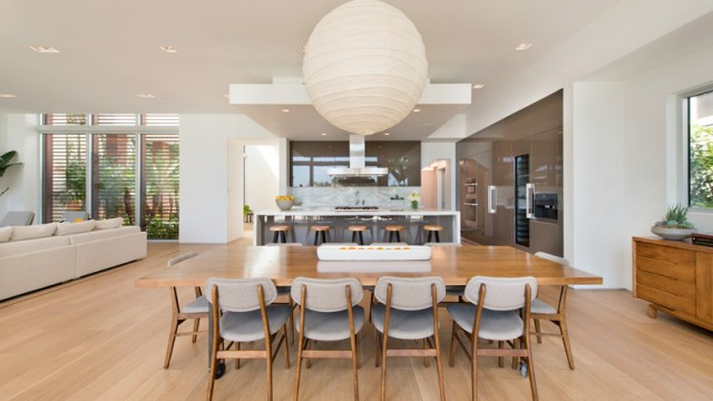 A-breezy-home-design-on-an-island-for-relaxing-feel-and-unforgettable-5