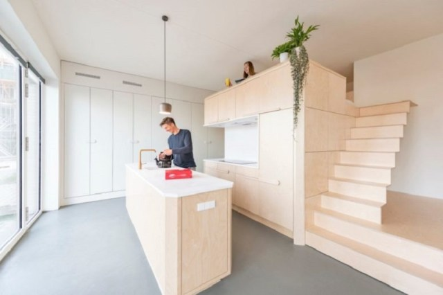 A-cool-small-loft-design-with-hidden-and-built-in-furniture-to-inspire-you-8
