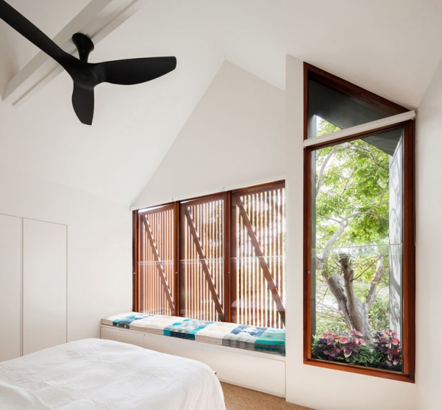 A-home-with-wooden-shutter-for-young-professional-couple-6