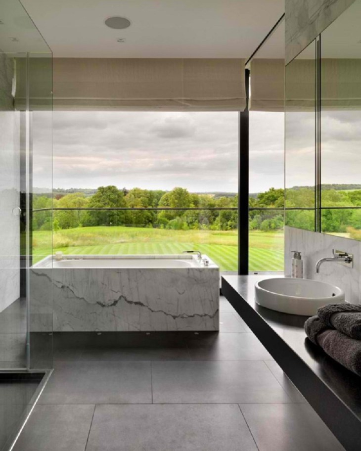 A-modern-country-house-with-magnificent-countryside-views-8