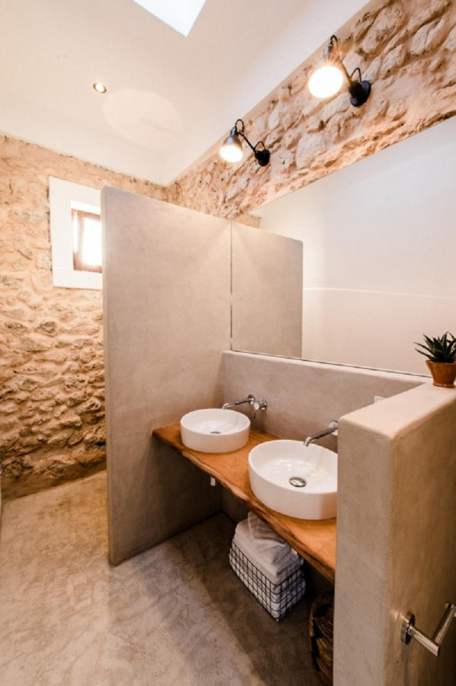 A-modern-guest-house-that-once-a-200-year-old-stable-7