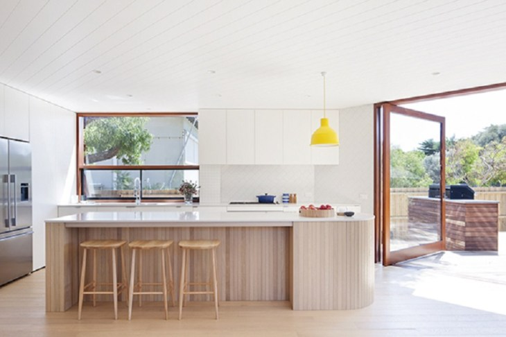 A-relaxed-and-playful-family-beach-house-that-anyone-will-love-5