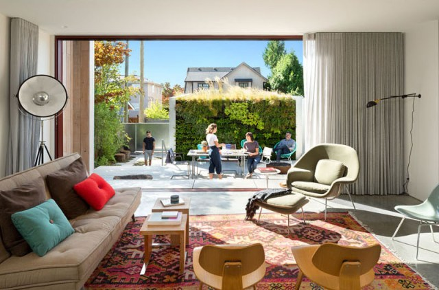 Home-design-for-a-single-family-that-beautiful-inside-and-outside-2